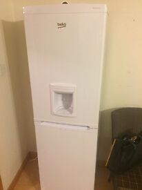 Fridge Freezer Beko CXFD825W 8 month old