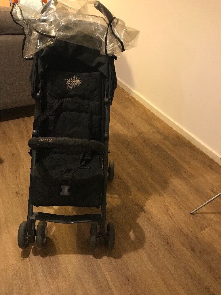 Stoller with rain cover in good condition