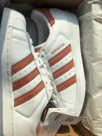 Adidas Superstars Size:7