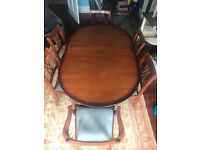 6 seater dining table (extendable) plus 6 chairs