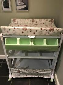 Babies R Us changing table