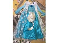 Disney Elsa Frozen dress and wig 7-8