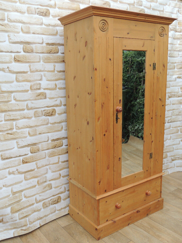 Welsh Wardrobe solid wood with mirror (Delivery)