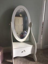 White Children's Mirror/Cheval Glass