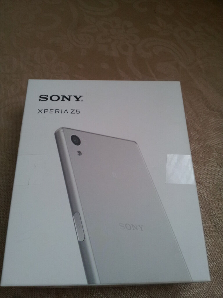 Sony Xperia Z5 E6653 Mobile Smartphone Unlocked Z2/Z3/Z4/PS3/PS4/2K/3D/4K/HD/HDR/UHD/CURVED/TABLETin Bradford, West YorkshireGumtree - Sony Xperia Z5 Android Mobile SmartPhone Full HD IPS Screen. 4G LTE 32GB (BLACK) UNLOCKED. It is lightweight and slim with a Powerful Processor and It has a Brilliant 4K Camera to take Photos and for 4K Recording. This is a Brand New Mobile Phone and...