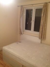 A double bedroom to be rent £430.00 for single person £4700.00 for couple per month including bills