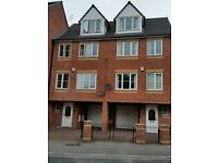 Immaculate 4/5bed House with garage - Sharrow Lane / City Centre (part furnished)