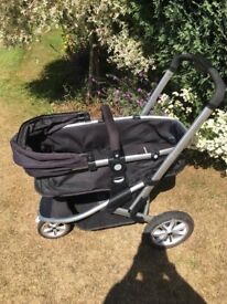 Mothercare Expedia Pram in Black, Excellent condition suitable from birth to approx 3yrs