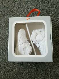 Baby white air force size 0.5