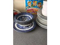 Dinner set 12 piece with 5 bowls free