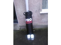 4ft Pro Power Punchbag 20kg With Pro Power Boxing Gloves