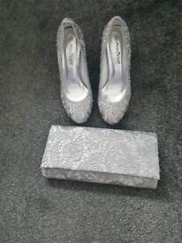 NEW Silver Court Shoes UK size 6 + matching Clutch