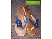 Flip flops size 6 1/2