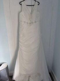Brand New Wedding Dress, Size 24