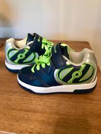 Boys Heelys Hyper Skate Shoes size 12