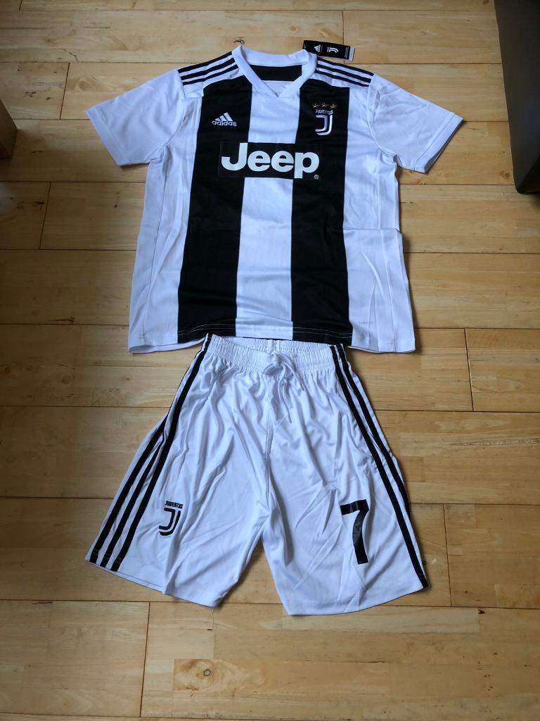 912b9ecdb Juventus Ronaldo Home Kit 18 19 New With Tags