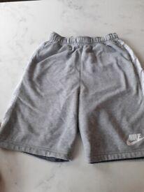 Nike boys shorts age 12-15