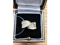 1 Carat baguette & brilliant cut Diamond ring 14k gold