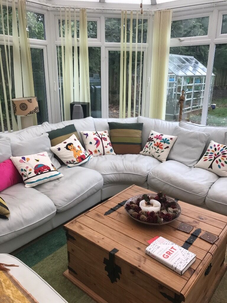 Corner 5 Seater Leather Sofa With Ter Cushions Off White Cream