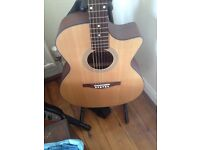 Eastman AC122CE electro acoustic with hard case