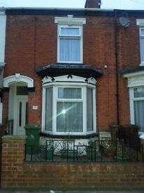 Rooms to let in shared house Wi-Fi throughout, quiet road, near town