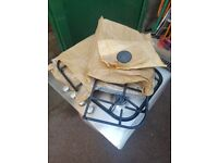 Gas hob with electric oven