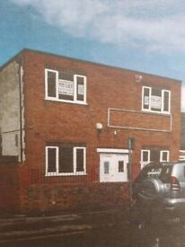 Commercial premise to let Leicester-available immediately