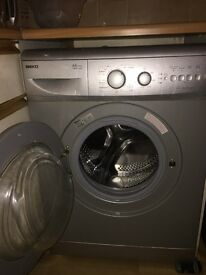 SILVER BEKO WASHING MACHINE IN GOOD CONDITION FOR QUICK SALE GET YOURSELF A BARGAIN