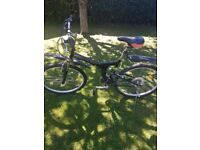 FOLD UP BIKE IN VERY GOOD CONDITION COST OVER 189 POUNDS NEW