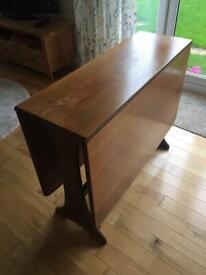 Drop leaf dining room table