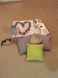 Bedroom set - 2 pairs of curtains, picture, lamp & pillows