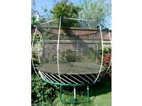 8ft Round Springfree Trampoline