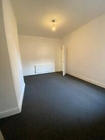 Lovely 2 Bedroom Ground Floor Flat available to rent in Bensham, Gateshead. Low Move in costs!
