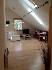 superb loft style 2 bed apartment in converted chapel with 2 parking spaces, close to city centre