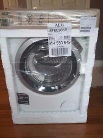 AEG Washing Machine 9KG 1600 SPIN L8FEE965R Brand New In Box. RRP £799.99