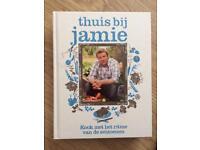 Thuis Bij Jamie Oliver cook book in Dutch