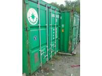 Storage containers rental