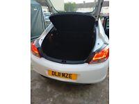 Vauxhall, INSIGNIA, Hatchback, 2011, Manual, 1796 (cc), 5 doors