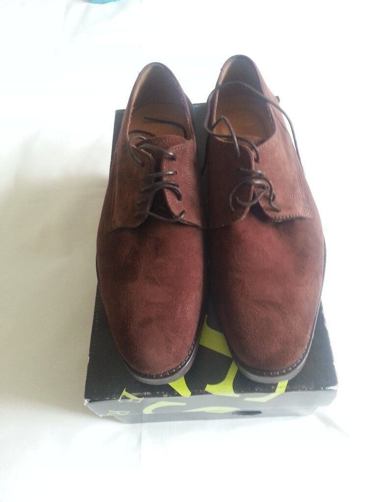 Jones Mill Hill Suede shoes size 7 and