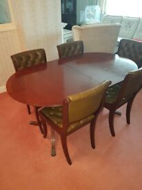 Beresford & Hicks Dining Table, 4 chairs and 2 carvers