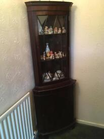 Corner display cabinet unit - dresser mahogany