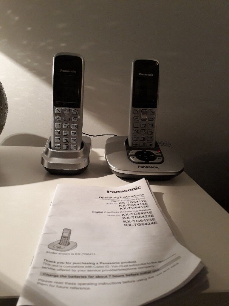 Set of 2 Panasonic phones with answer machine. Manual included.
