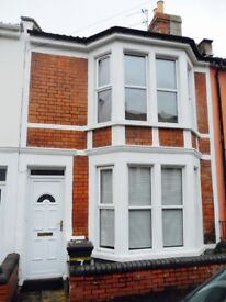 STUDENT SHARED HOUSE 4BEDS NR. NORTH ST. SOUTHVILLE BRISTOL