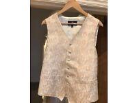 Dobell Gold/Cream Paisley Waistcoat