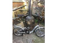 Nice condition unisex ammaco folding bike 🚴. Sensible offers considered .