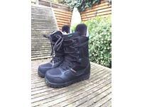 Snowboard boots Burton size 7 1/2