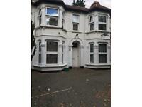 Three Bed house fro rent in east ham
