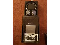 Bowers & Wilkins P5 WirelessBluetooth Headphones