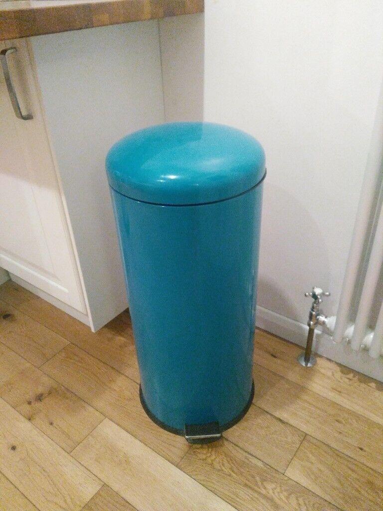 Teal Kitchen Pedal Bin - 30L, Metal | in Reading, Berkshire | Gumtree