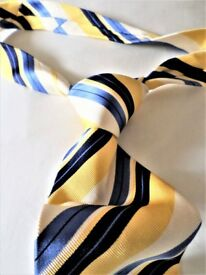 BEAUTIFUL - AUTHENTIC - ELEGANT - BRITISH AT THIS BEST - AQUASCUTUM TIE - MADE IN ITALY